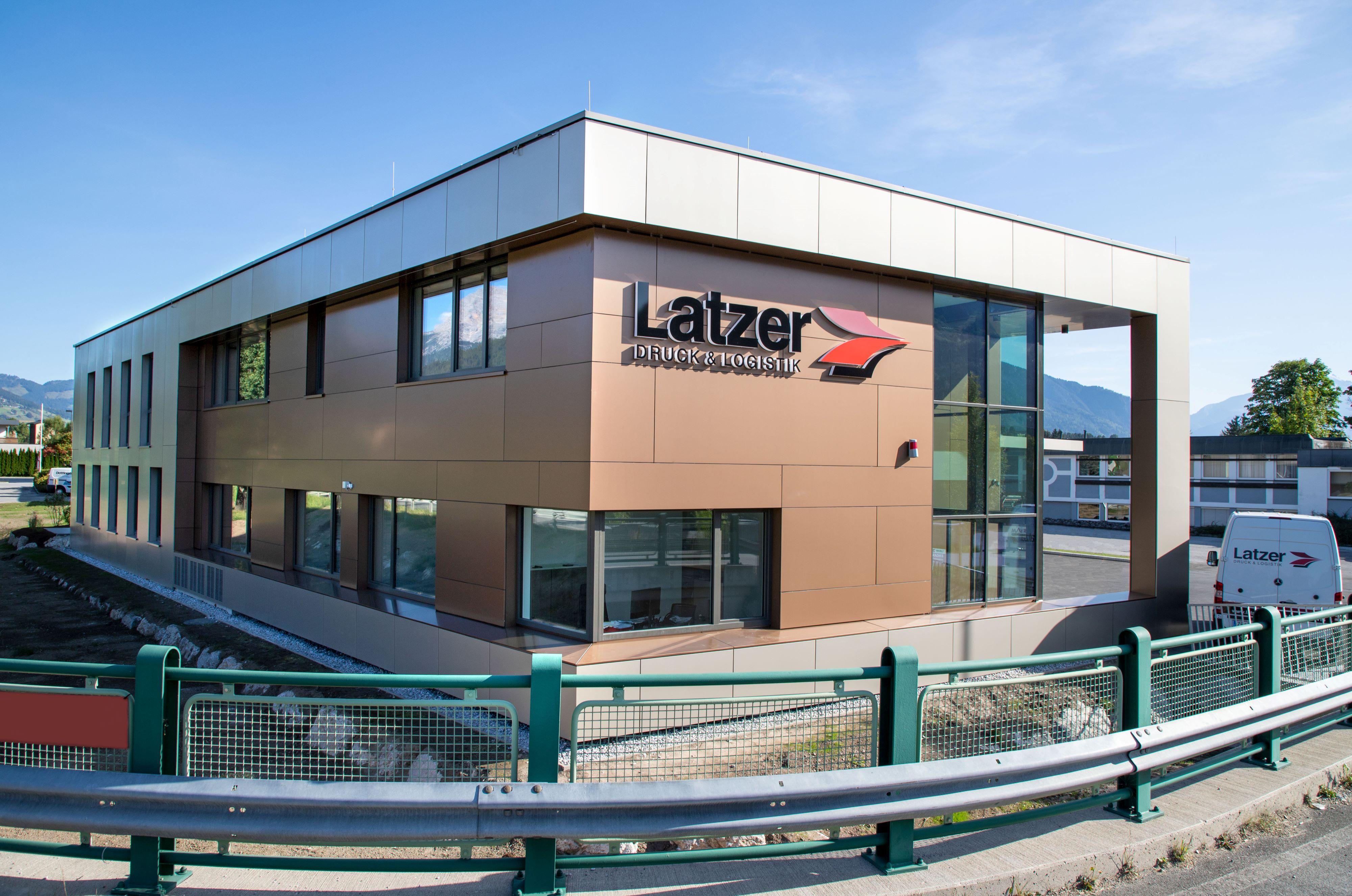 Latzer Firmengebäude